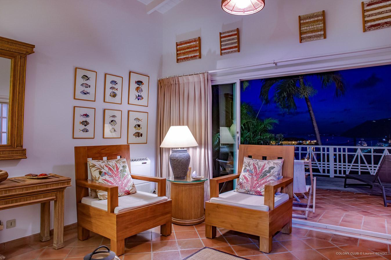 Luxury Villa Photo #22